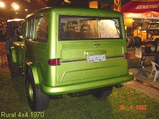 Traseira Rural 4x4 1970.  Parachoque adaptado da Kombi